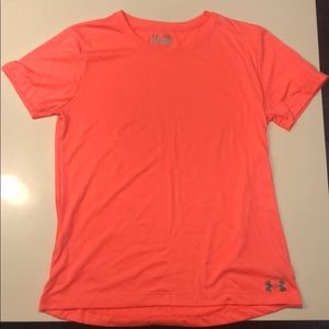 Under Armour Semi Fitted Heat Gear Shirt